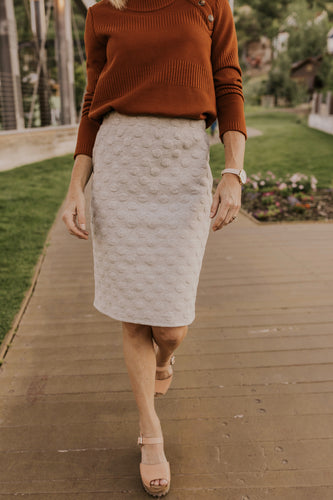 Textured Pencil Skirt | ROOLEE