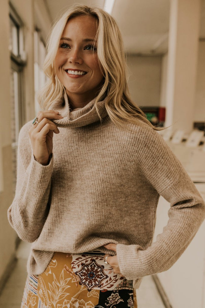 Women's Oversized Turtleneck | ROOLEE