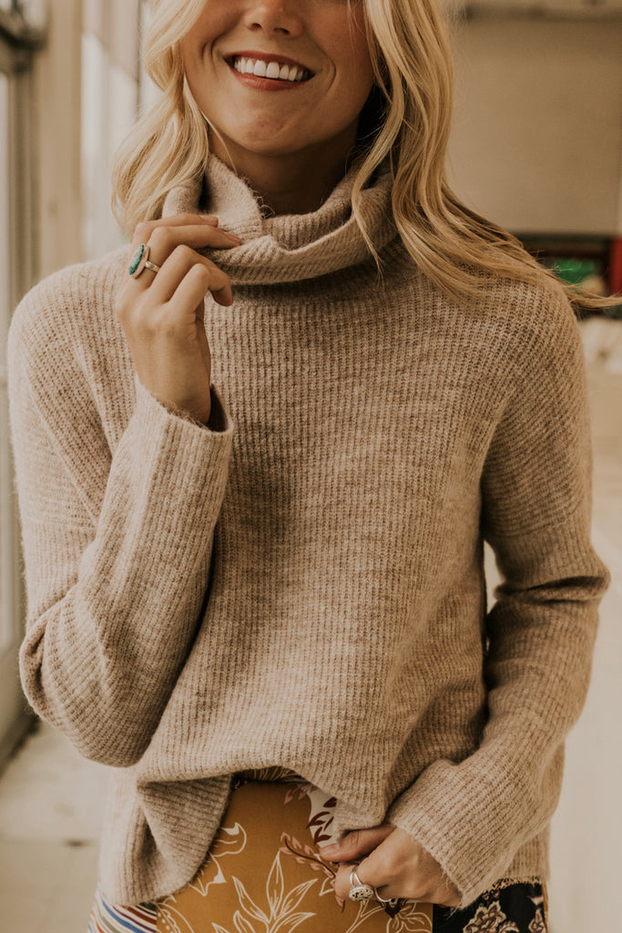 Soft Turtleneck Sweater | ROOLEE