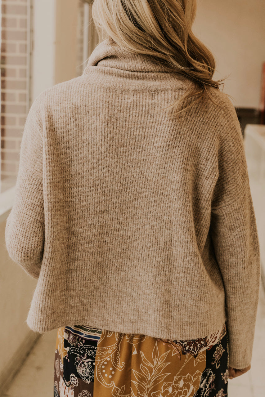 Cropped Turtleneck Sweater | ROOLEE