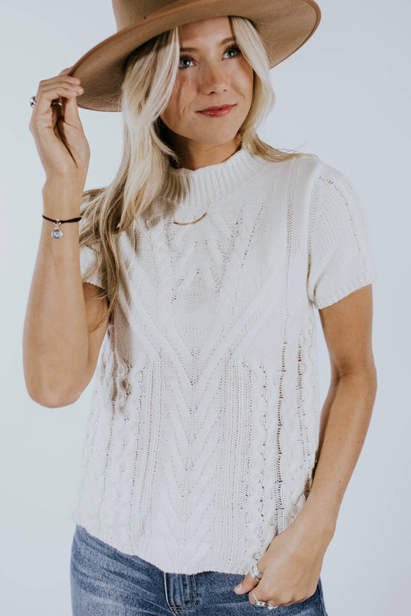 Knit Short Sleeve Sweater | ROOLEE