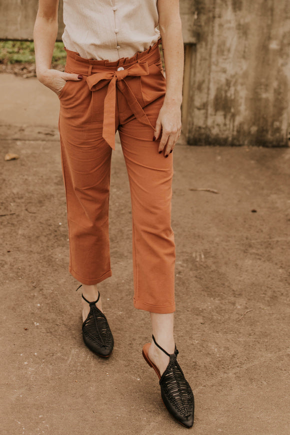 Cropped Salmon Tie Pants | ROOLEE