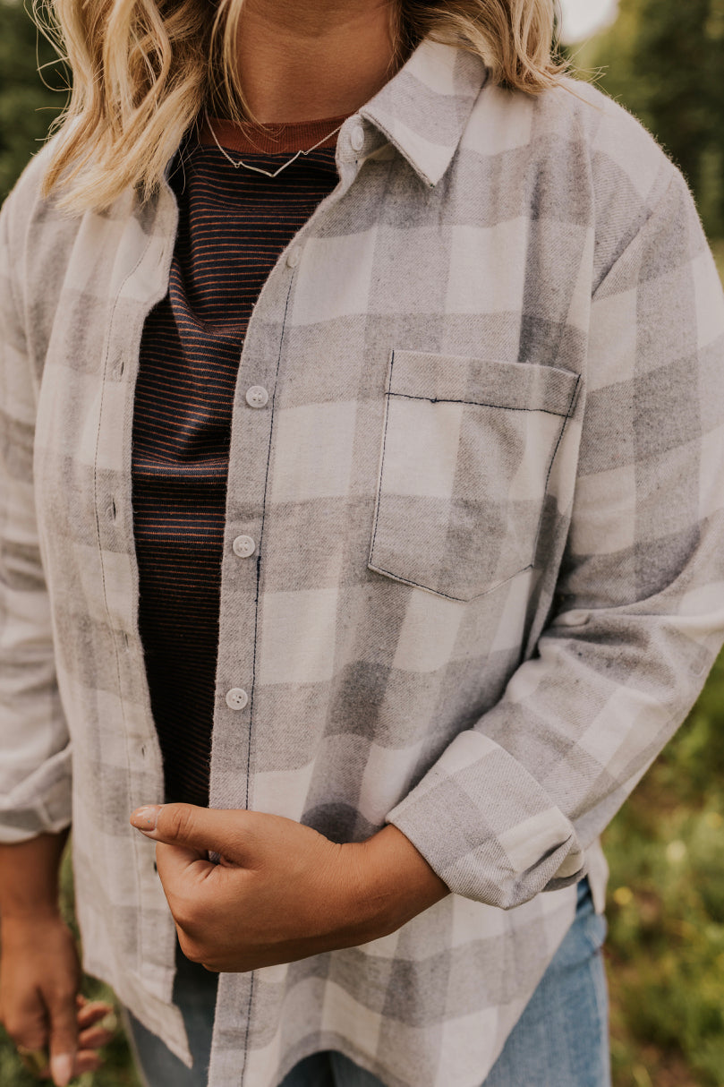 Button Up Flannel Layering Outfits | ROOLEE