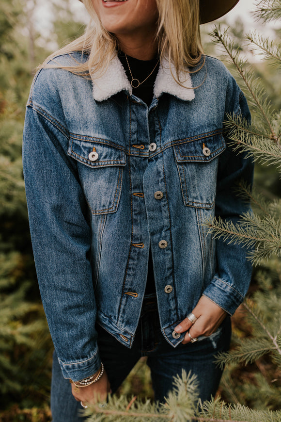 Denim Jacket with Shearling Collar | ROOLEE