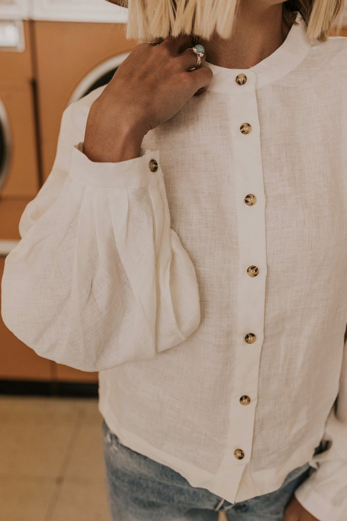 White Button Up Top | ROOLEE
