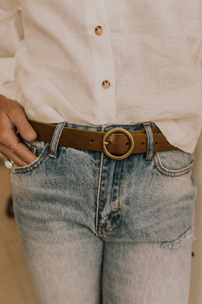 Circle Buckle Minimalistic Belt