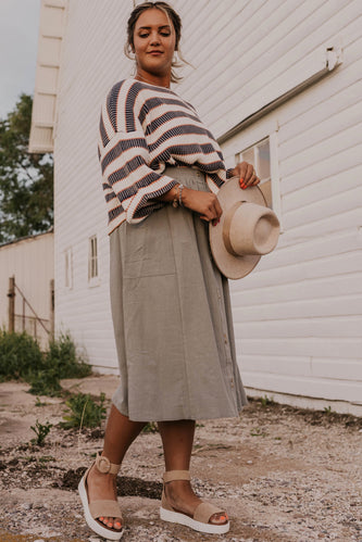 Sweater Outfit Inspiration | ROOLEE