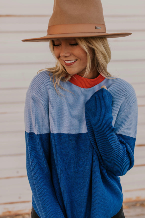 Colorblock Sweater with Bright Neckline | ROOLEE