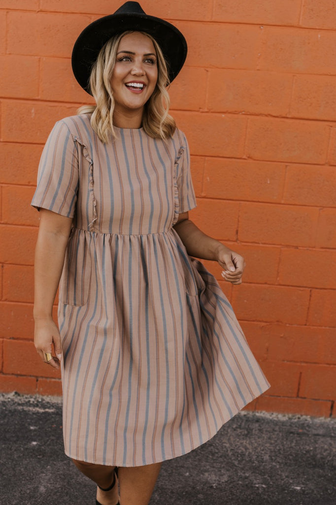 Nursing Friendly Zipper Dress | ROOLEE