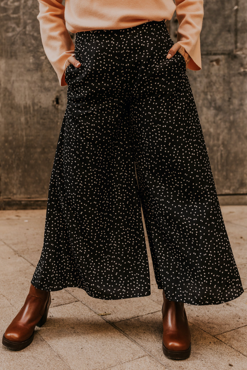 Black Wide Leg Pants | ROOLEE