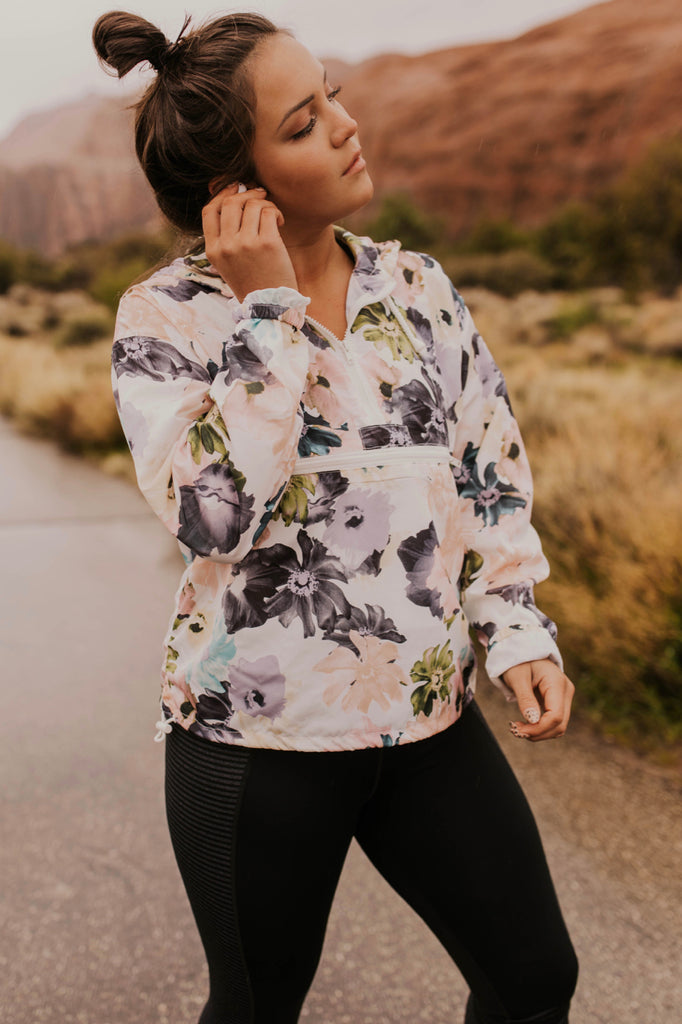 Women's Jackets for Running | ROOLEE
