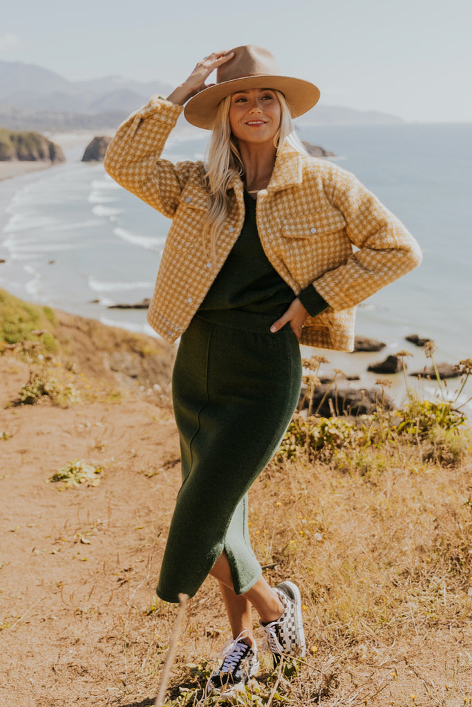 How to style a green knit set | ROOLEE