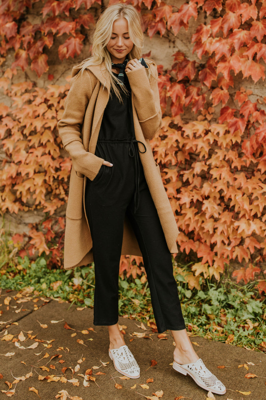 Black Jumpsuit Outfit Ideas for Fall | ROOLEE