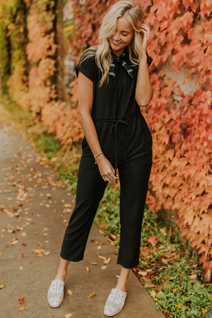 Simple Jumpsuit Outfit Ideas For Women | ROOLEE