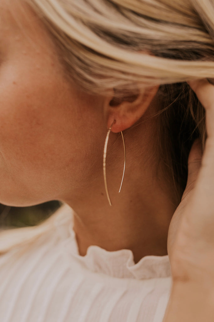 Simple Gold Earrings | ROOLEE