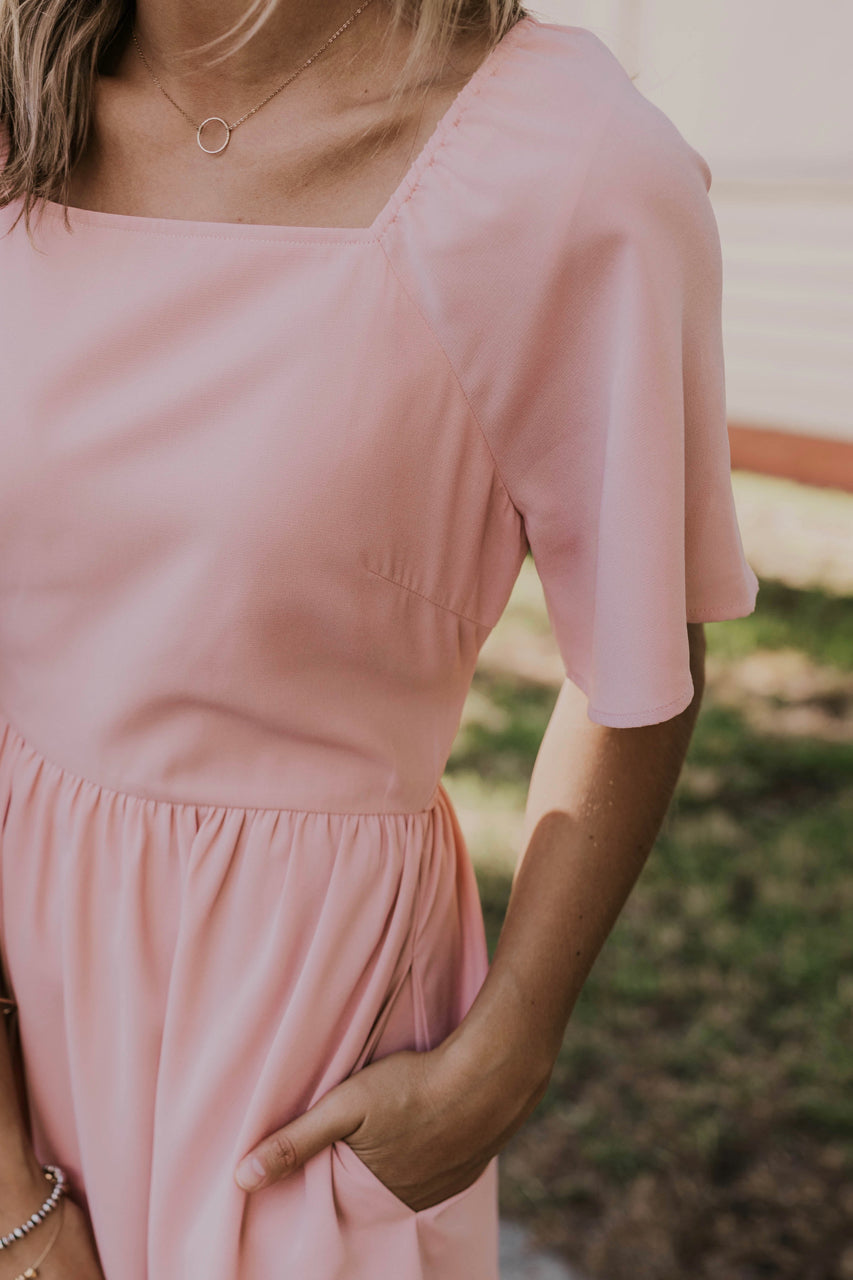 Modest Summer Dress Outfits | ROOLEE