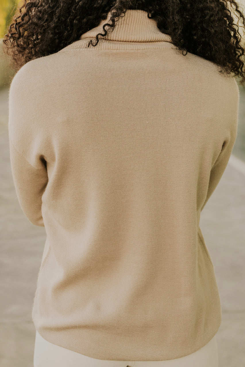 Cream Turtle Neck | ROOLEE