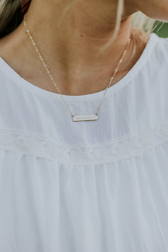 Sisters Gold Minimalist Bar Necklace | ROOLEE