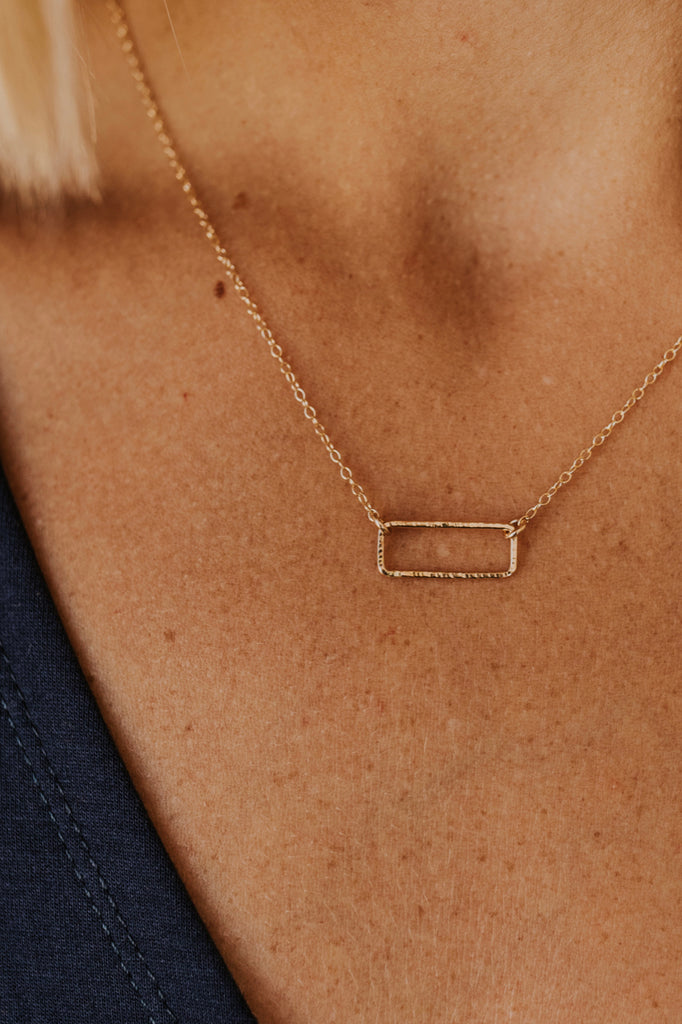 Rectangle Delicate Necklace | ROOLEE