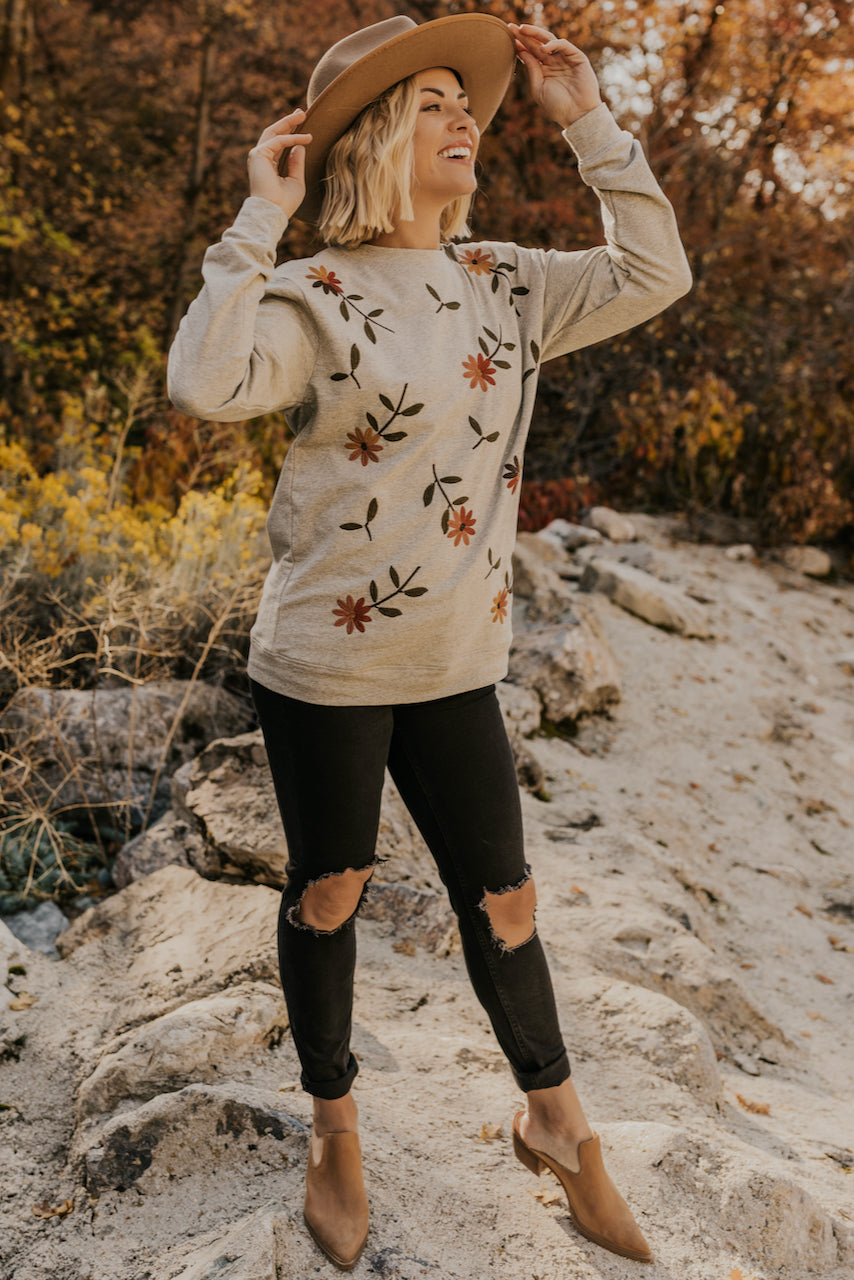 Embroidered Flower Pullover | ROOLEE