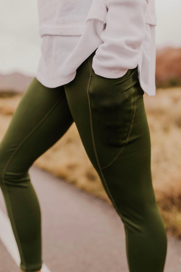 Green Pocket Leggings | ROOLEE