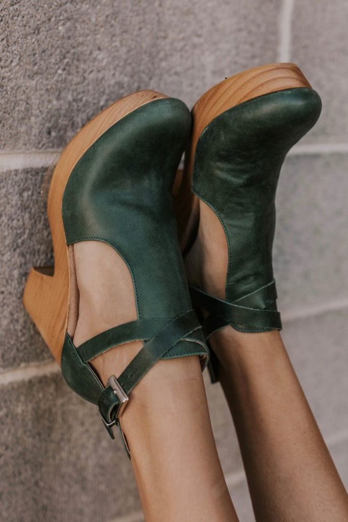 Autumn Shoe Outfit Ideas | ROOLEE