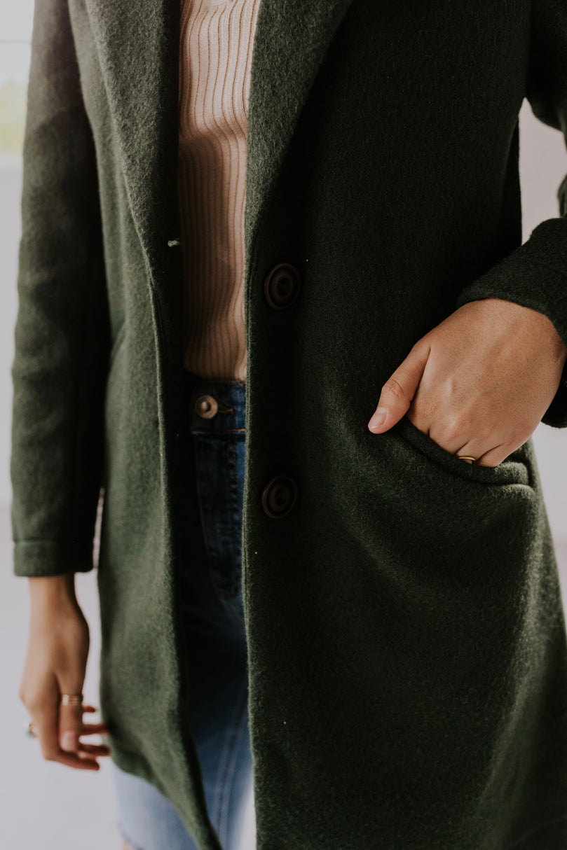 Fall Coat with Pockets | ROOLEE