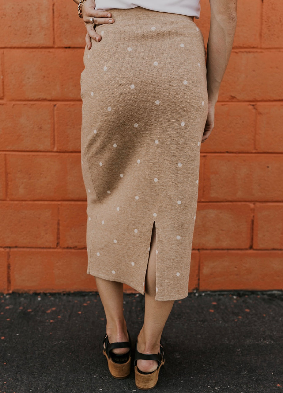 Elastic Tan Fall Midi Skirt | ROOLEE