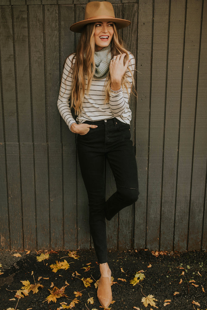 Stripe Pullover Outfit for Fall | ROOLEE