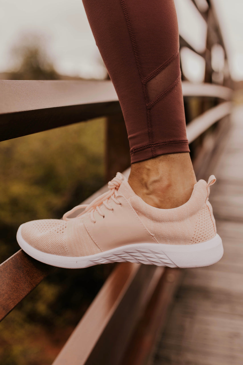 Running Shoes for Women | ROOLEE