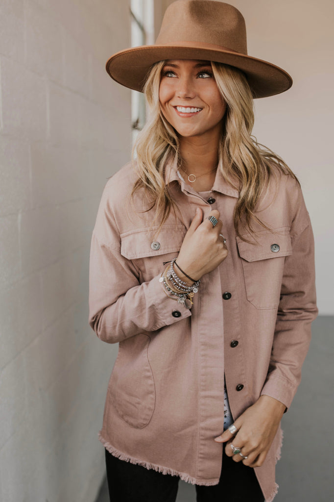 Mauve Denim Jacket Outfit Ideas | ROOLEE