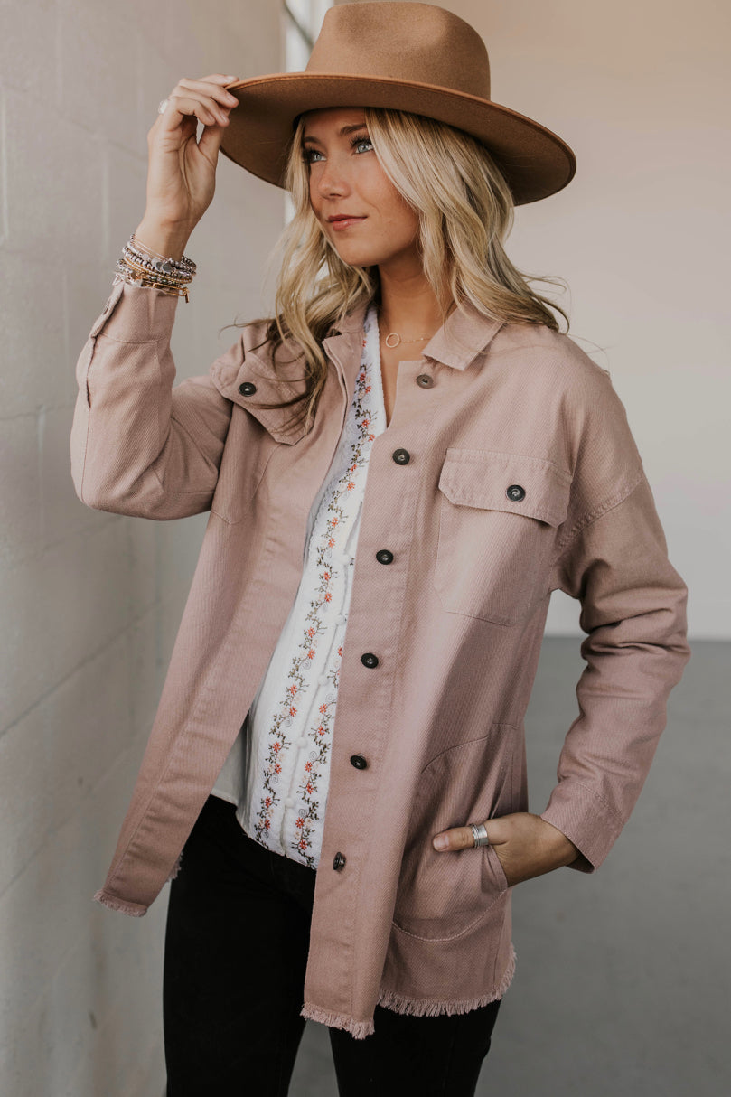 Distressed Denim Jacket Outfit Ideas | ROOLEE
