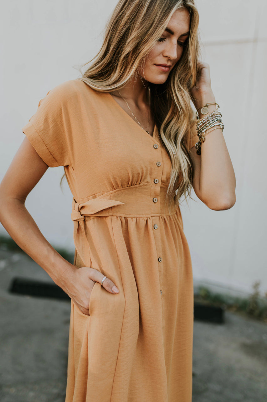 Waist Tie Dress w/Buttoned Front | ROOLEE