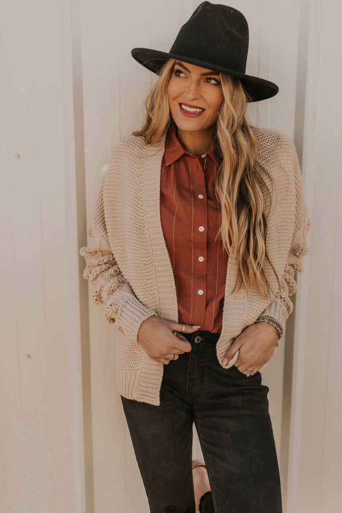 Knit Cardigan Outfit For Women | ROOLEE