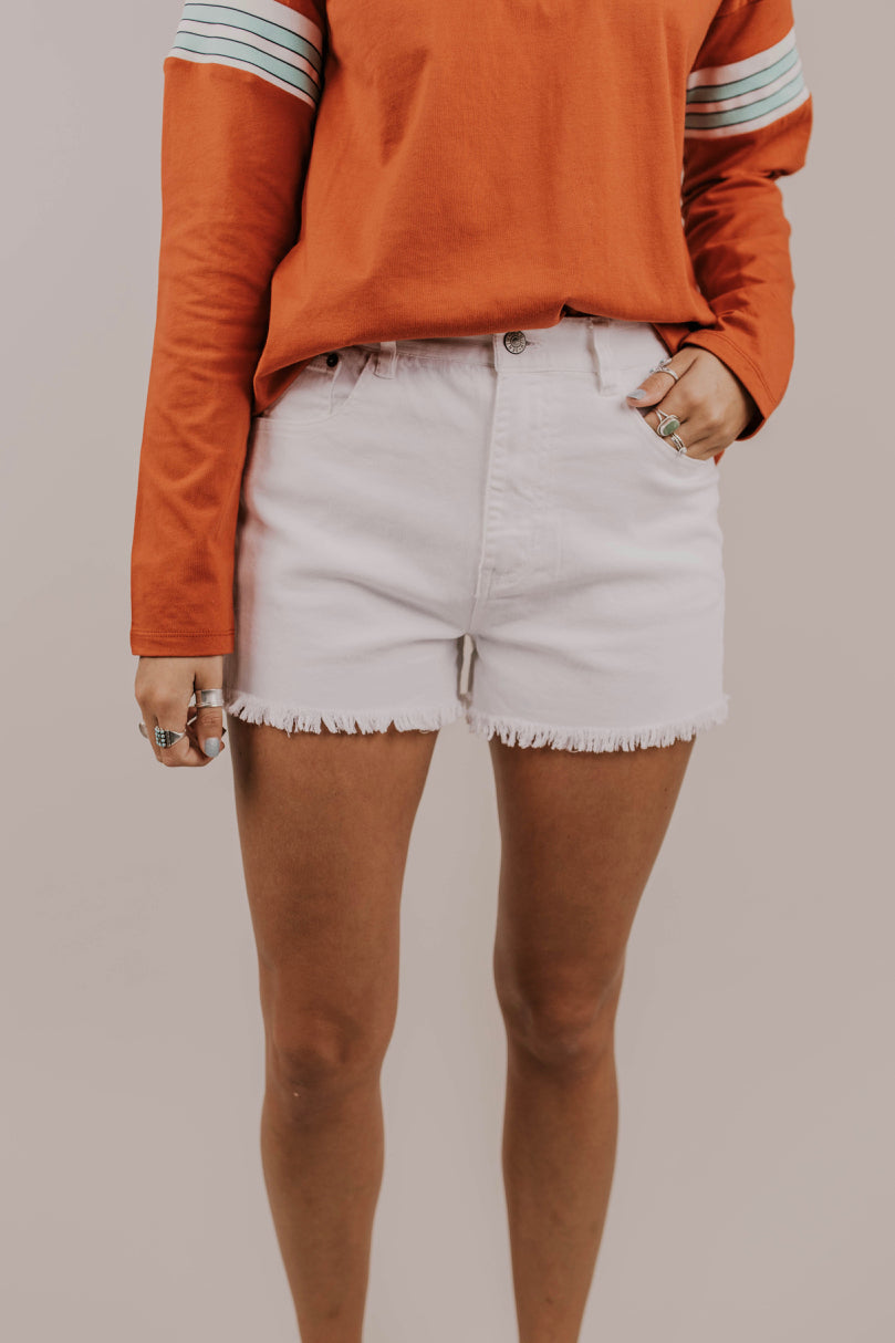 White Raw Hem Short Outfit Ideas | ROOLEE