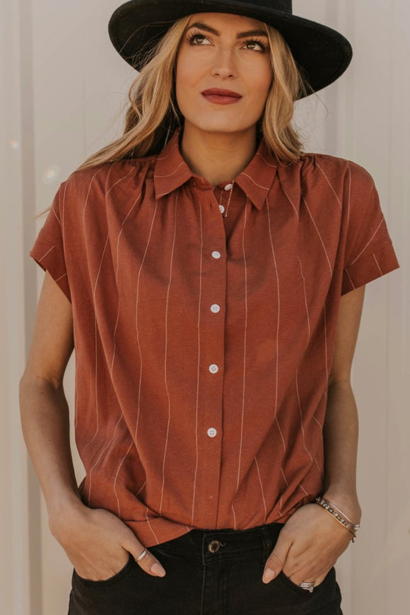 Hi-Lo Hem Blouse w/Stripes | ROOLEE
