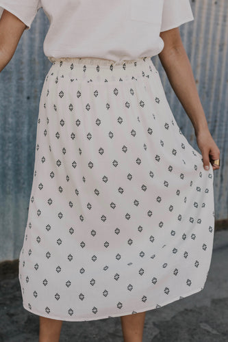 Knee Length Skirt | ROOLEE