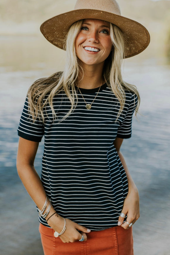 Savannah Stripe Tee in Navy | ROOLEE
