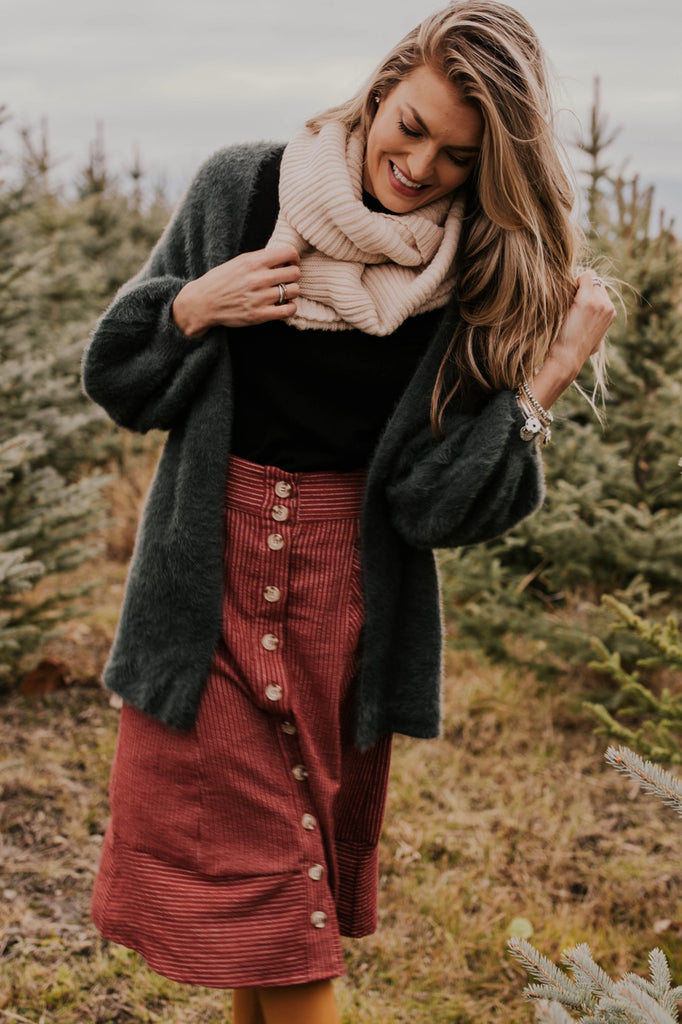 Cute Winter Outfit Ideas | ROOLEE