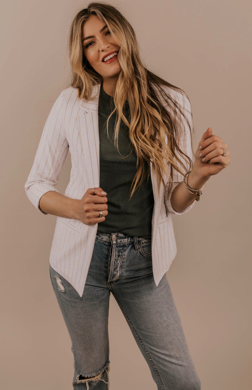 Spring/Summer Outfit Ideas | ROOLEE