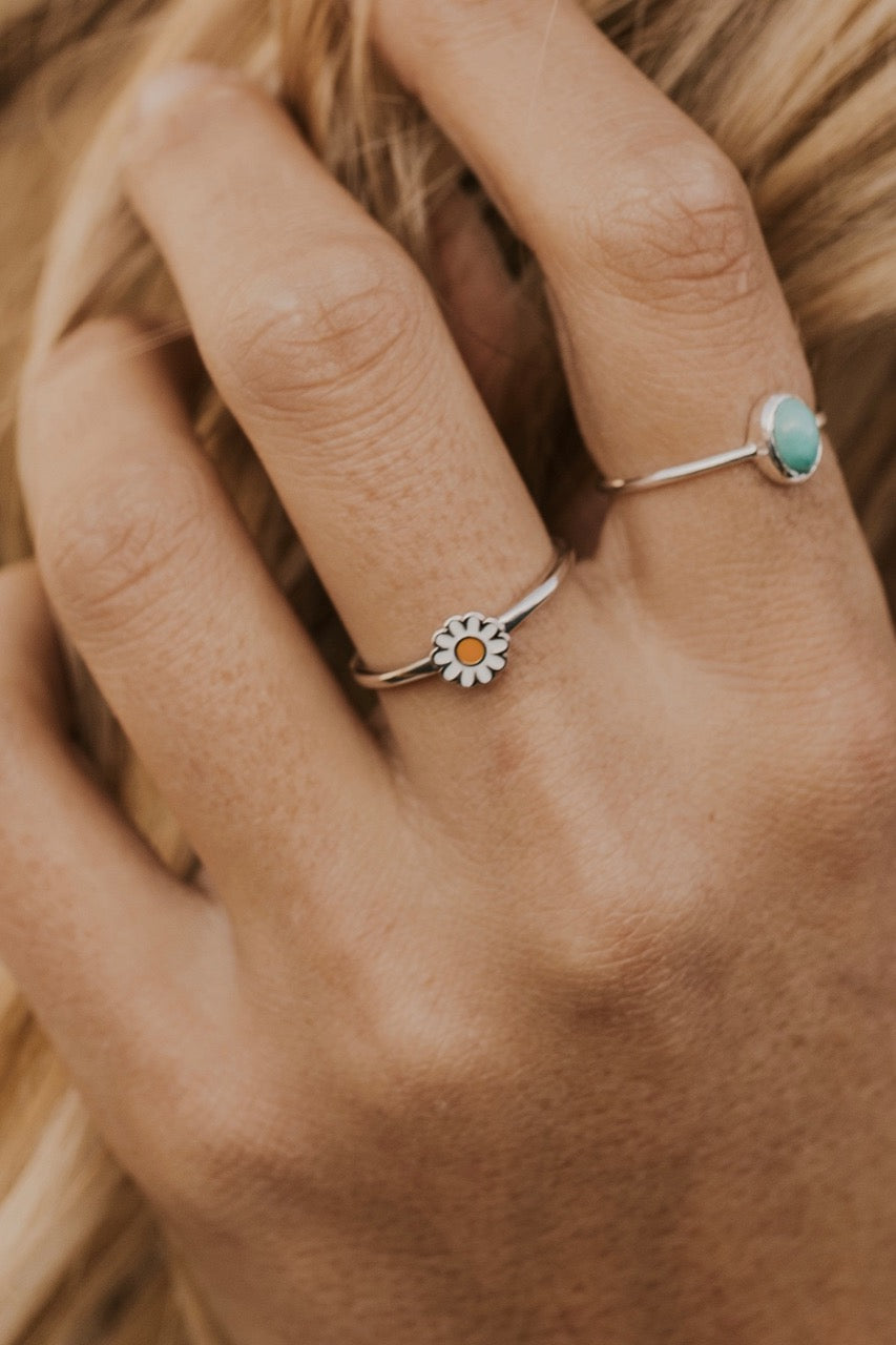 White Daisy Ring | ROOLEE