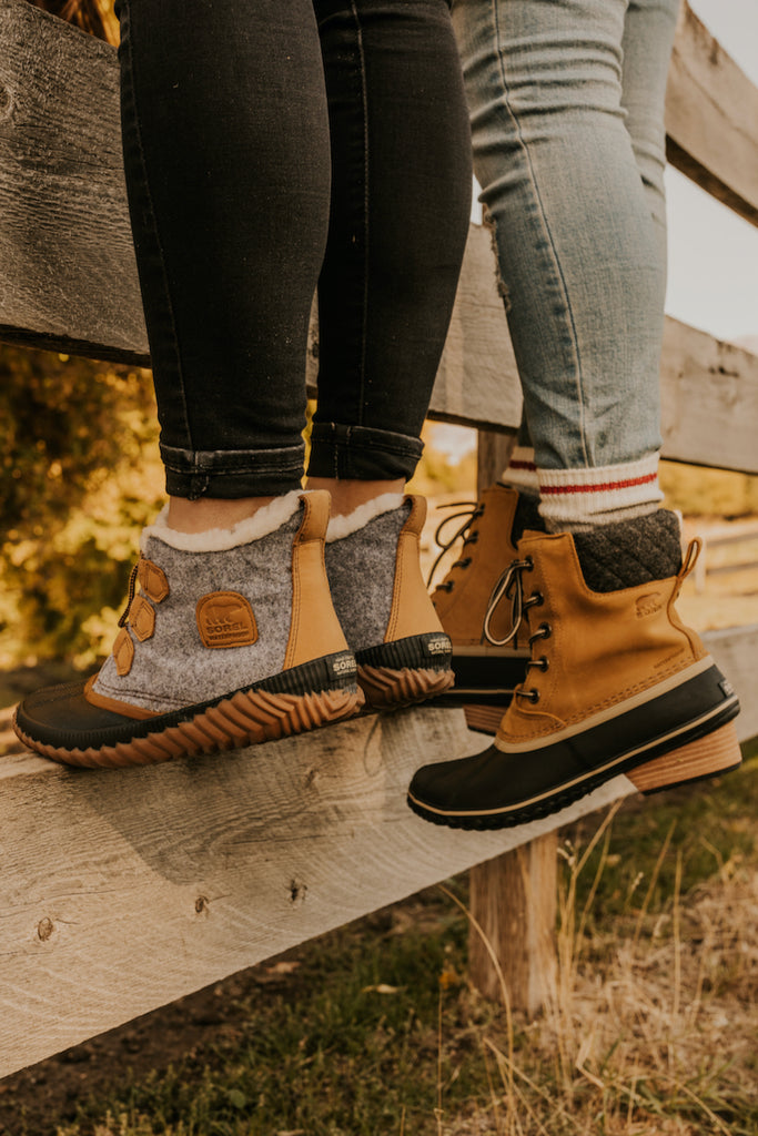 Fashionable Winter Footwear Waterproof | ROOLEE