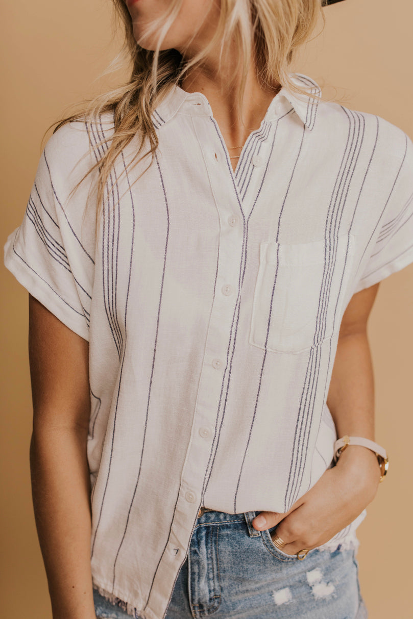 Nursing Friendly Button Top | ROOLEE