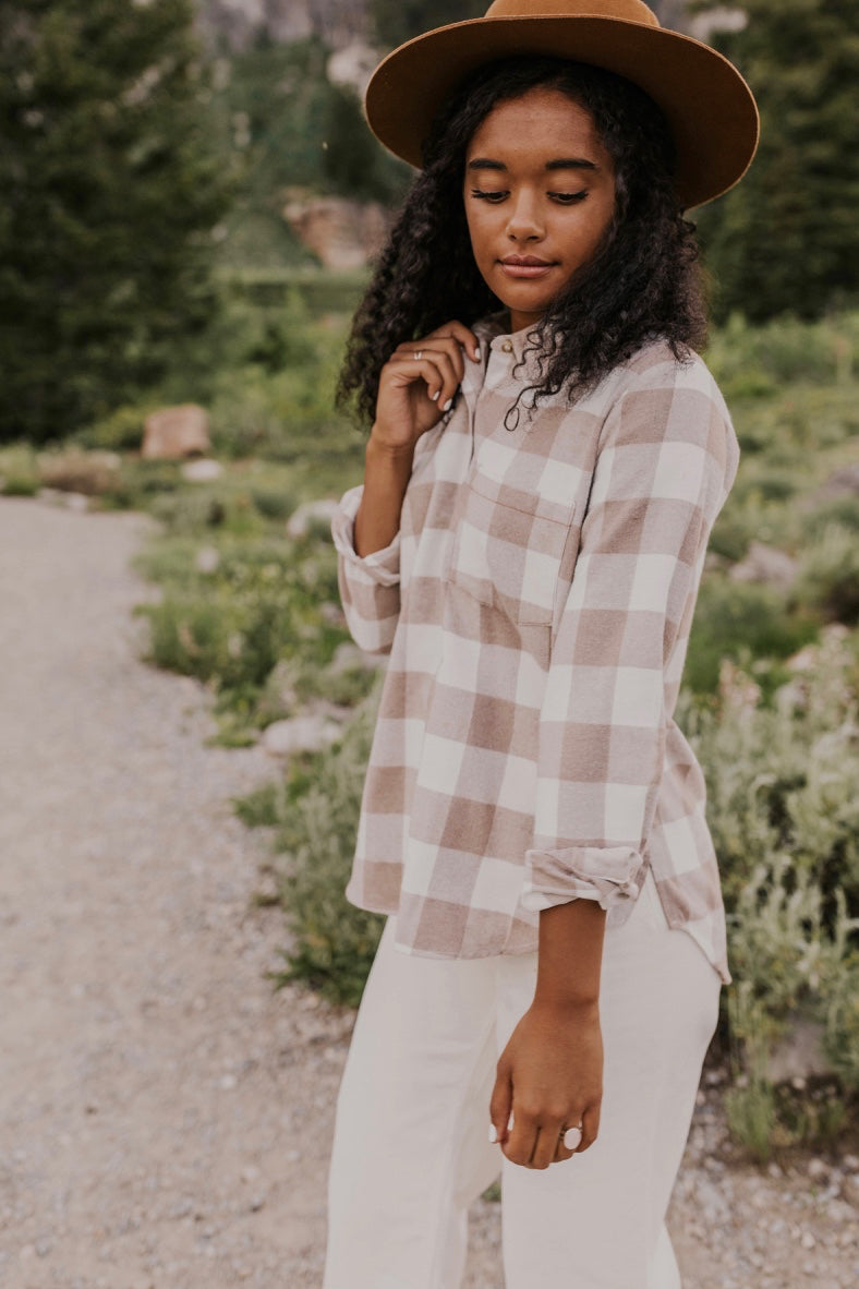 Neutral Colored Flannels for Fall | ROOLEE