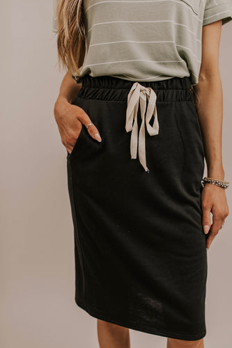 Midi Skirt in Black | ROOLEE