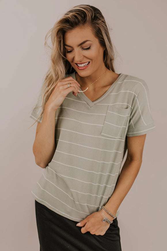 Pocket Tee Casual Outfit Ideas | ROOLEE Tops