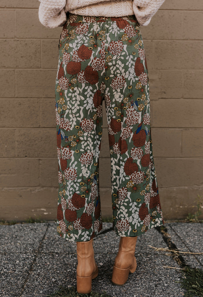 Funky Print Pants for Fall | ROOLEE
