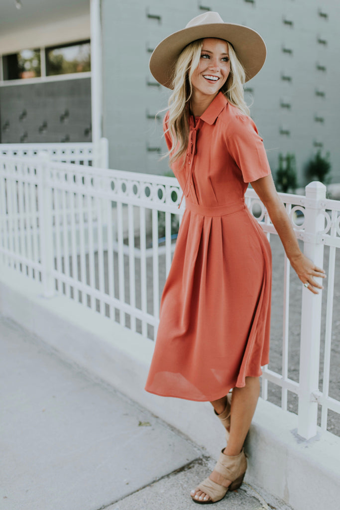 Short Sleeve Pleated Dress | ROOLEE