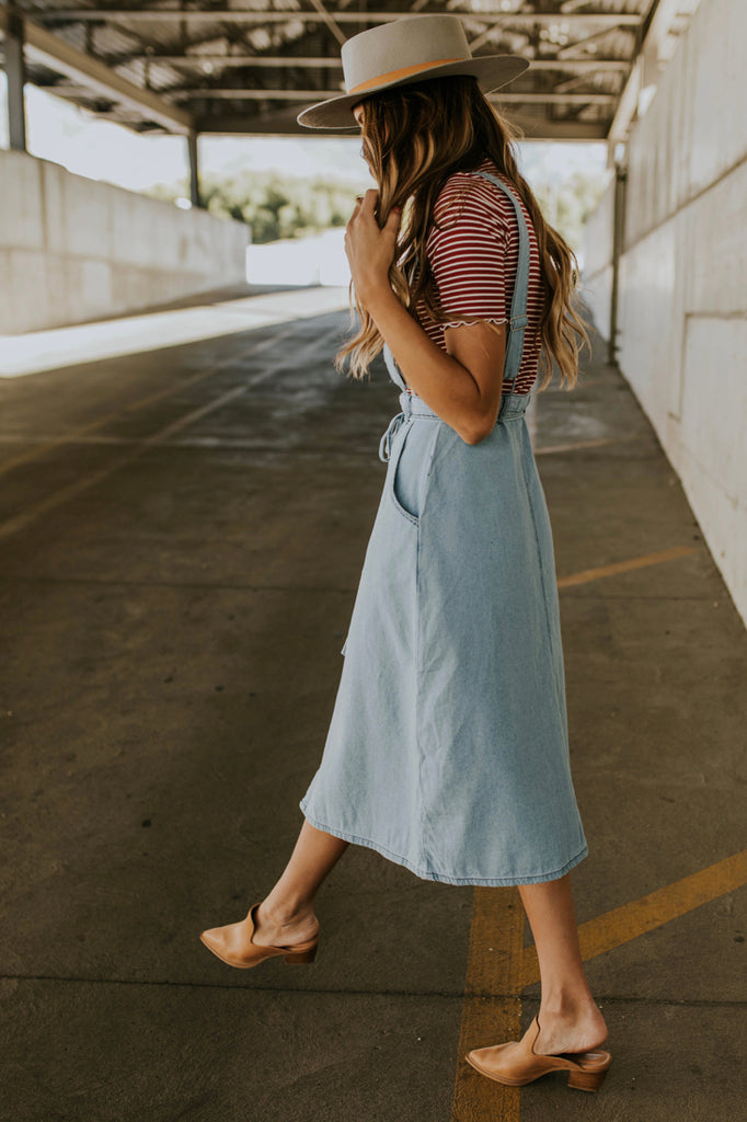Overall Skirt Outfit for Fall | ROOLEE