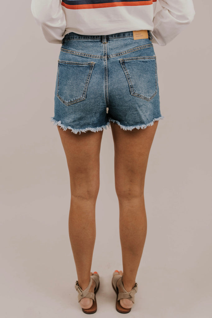 Blue Jean Mini Short Outfit Ideas | ROOLEE